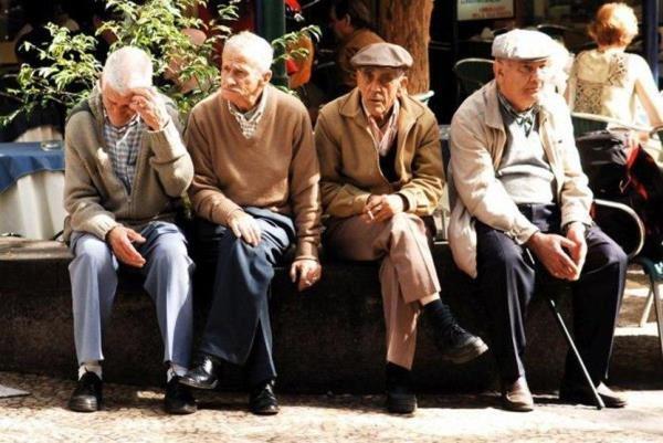 فراخوان نمایشگاه عکس روز جهانی سالمند منتشر شد