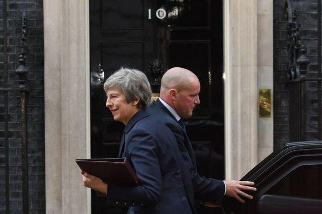 حمایت کابینه انگلیس از پیش نویس توافق ترزا می درباره بریگزیت