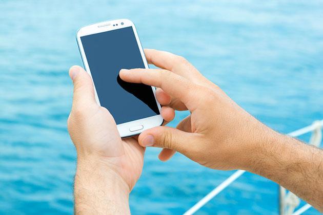 استفاده از موبایل در کشتی کروز