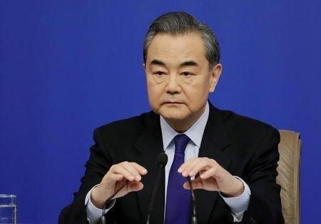 وزیر خارجه چین: جامعه جهانی نباید به شایعات درباره سین کیانگ توجه کند