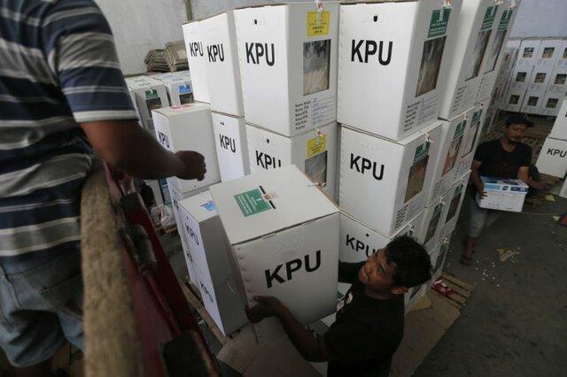 اندونزی فردا شاهد انتخابات با جوهر حلال است