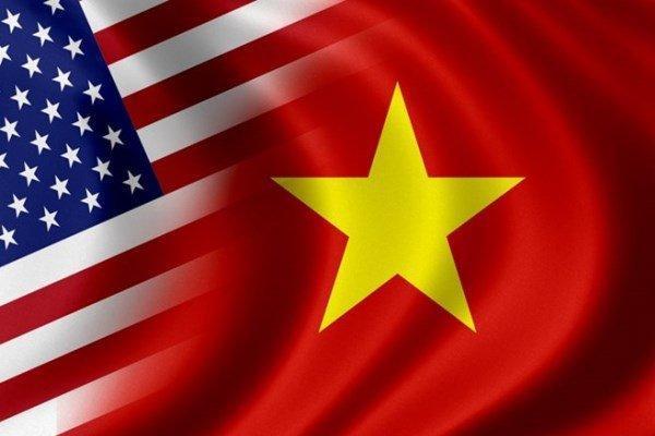 محاکمه دو آمریکایی در ویتنام به جُرم کوشش برایبراندازی حکومت