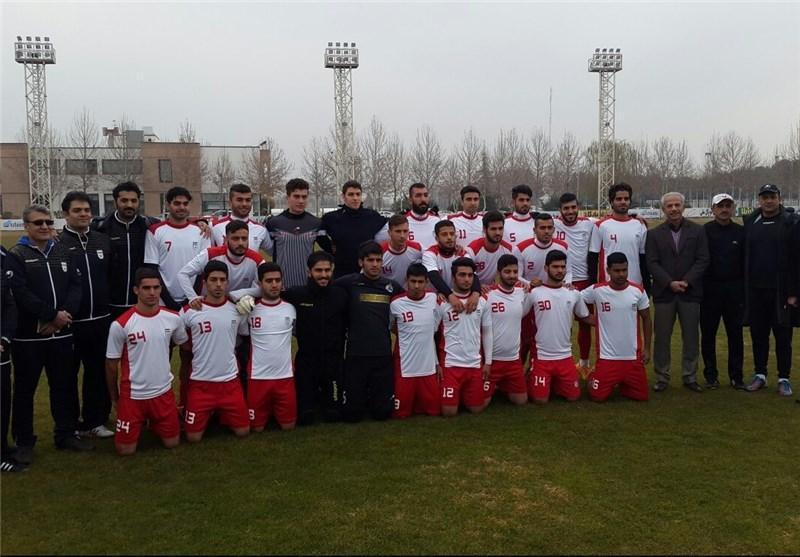تیم فوتبال امید از عمان به ایران برگشت