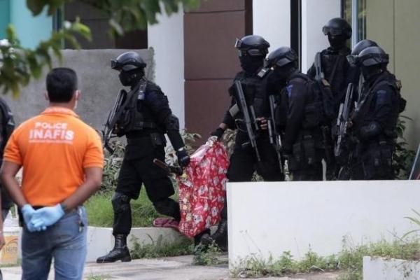 افشای طرح حمله موشکی به سنگاپور، شش تروریست بازداشت شدند