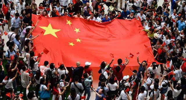 درگیری موافقان و مخالفان چین در خیابان های هنگ کنگ