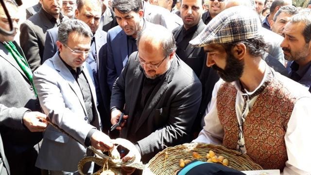 افتتاح بزرگ ترین اقامتگاه بوم گردی کشور در بافق با حضور وزیر کار
