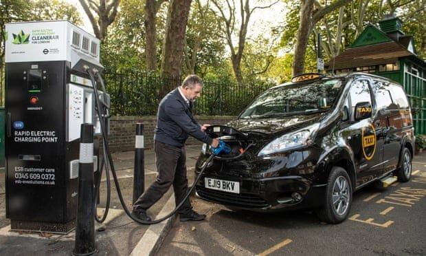 شروع به کار اولین تاکسی های 100 درصد برقی در لندن