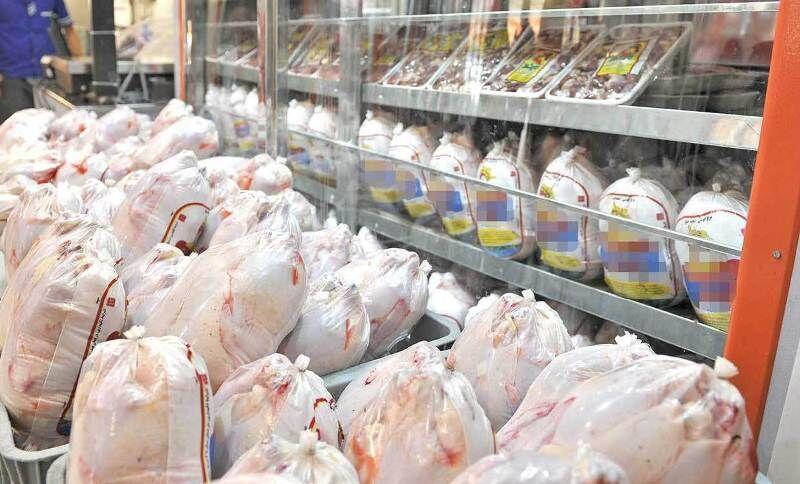 خبرنگاران گوشت مرغ به اندازه کافی در بازار استان سمنان موجود است
