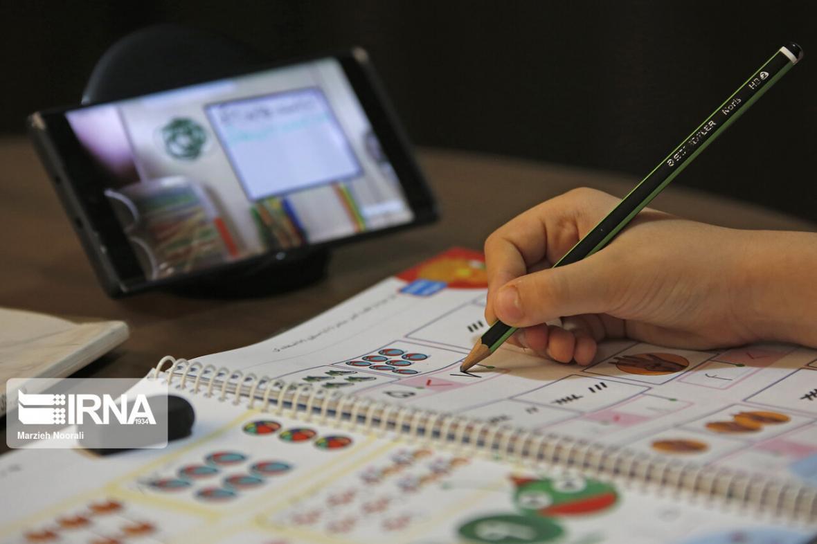 خبرنگاران آموزش مجازی دانش آموزان نیازمند انگیزه بخشی والدین است