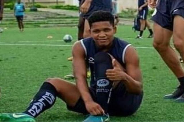 قتل اشتباهی فوتبالیست جوان اکوادوری
