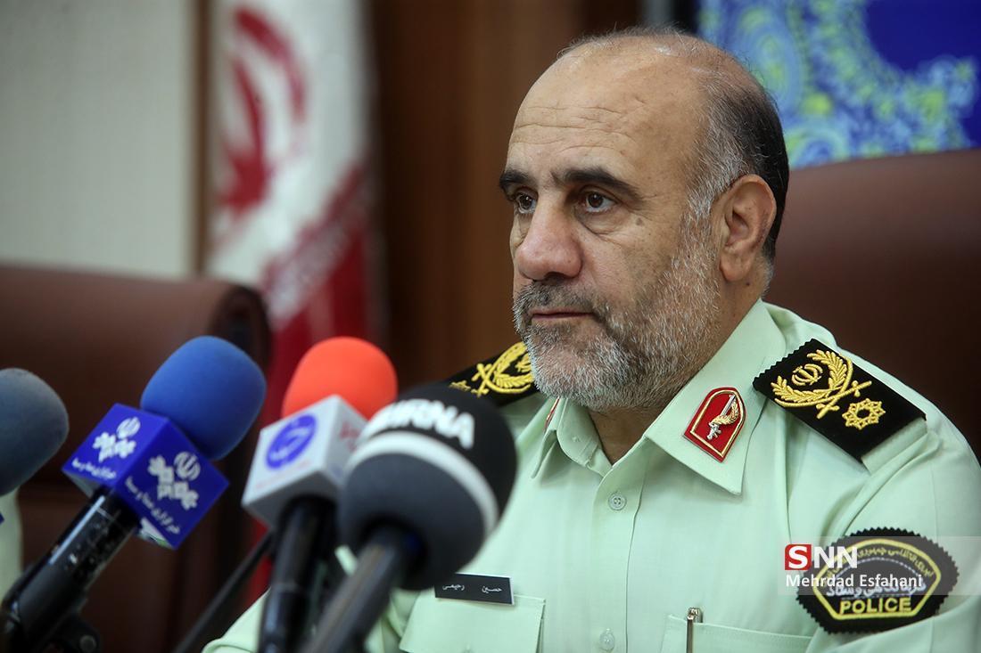 سردار رحیمی: مدافعان امنیت تمام قد در کنار مدافعان سلامت ایستادند