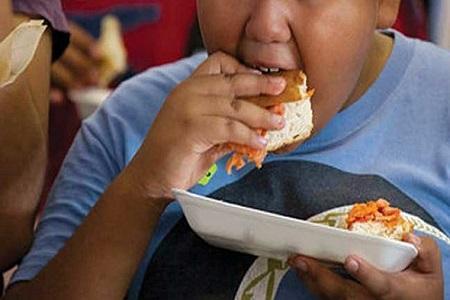 کووید 19 عامل تشدید چاقی در بچه ها آمریکایی