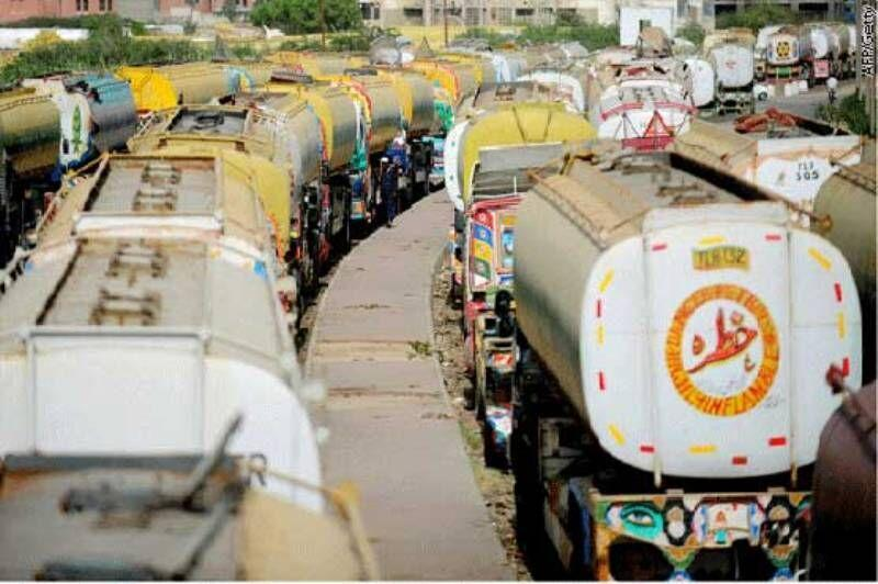 خبرنگاران افزایش قاچاق سوخت از ایران به پاکستان