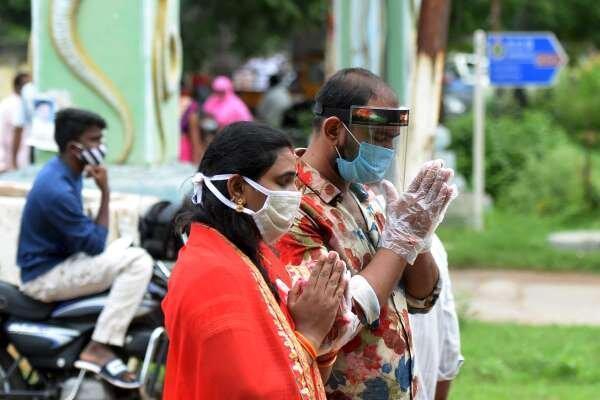 مسمومیت با ضدعفونی کننده جان 10 هندی را گرفت