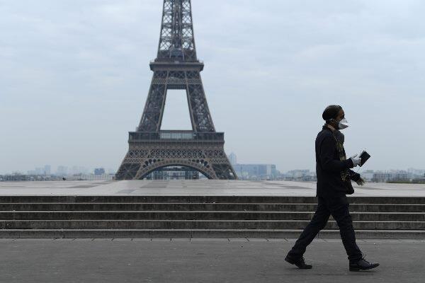 ماکرون: فرانسه برای دومین بار قرنطینه می گردد