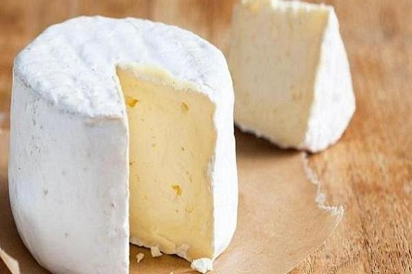 مصرف پنیر به کاهش زوال شناختی یاری می نماید
