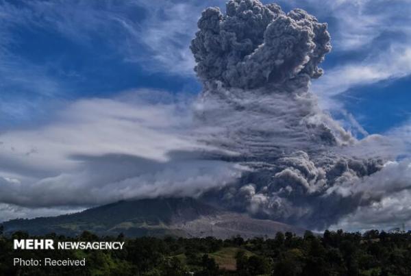 استخراج انواع فلزات از معادن آب نمک زیر آتشفشان ها